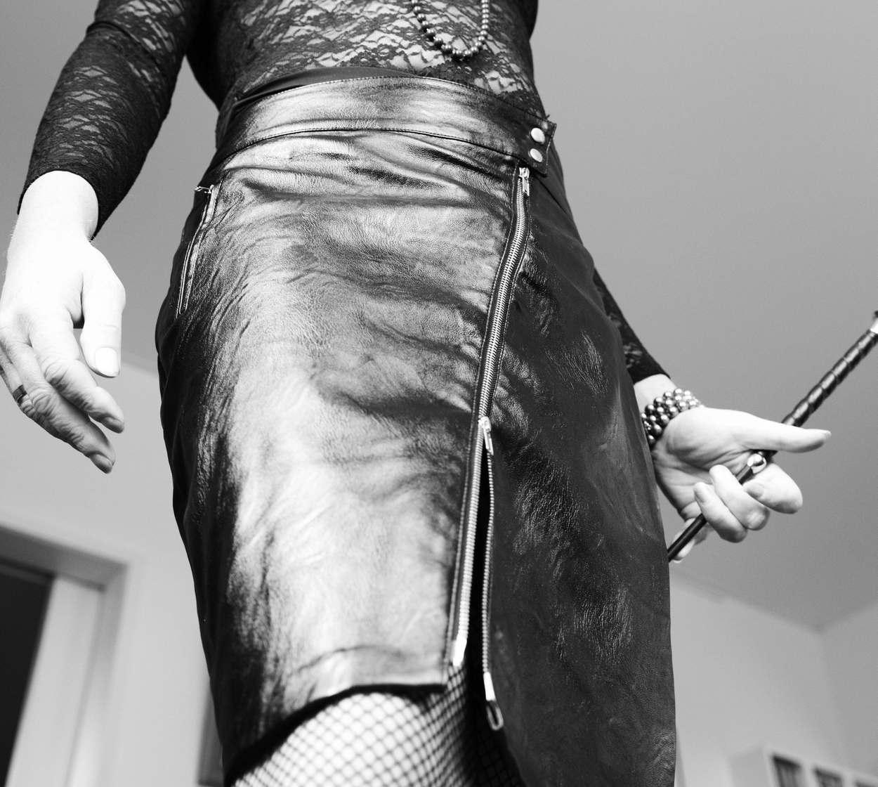 lady_kathy-bdsm-meesteres_rok & zweep1